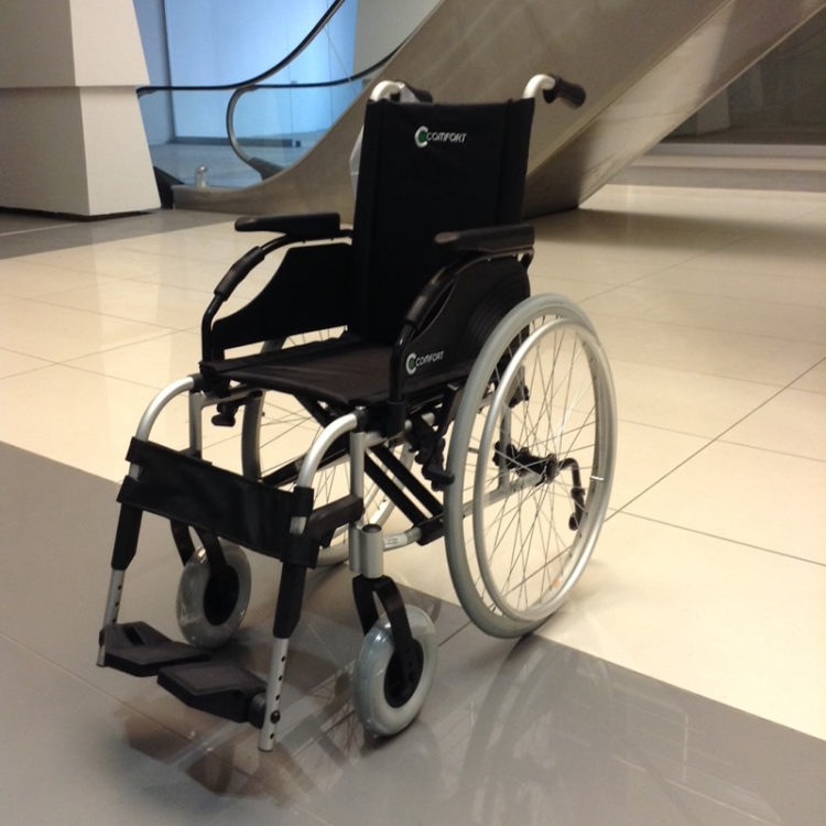 Manuel Tekerlekli Sandalye Comfort Embrace