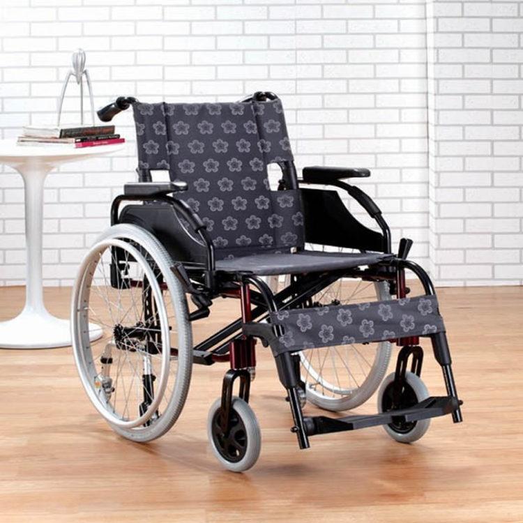 Manuel Katlanabilir Tekerlekli Sandalye Comfort Evolution