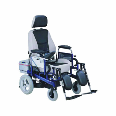 akulu-tekerlekli-sandalye-freely-as121c