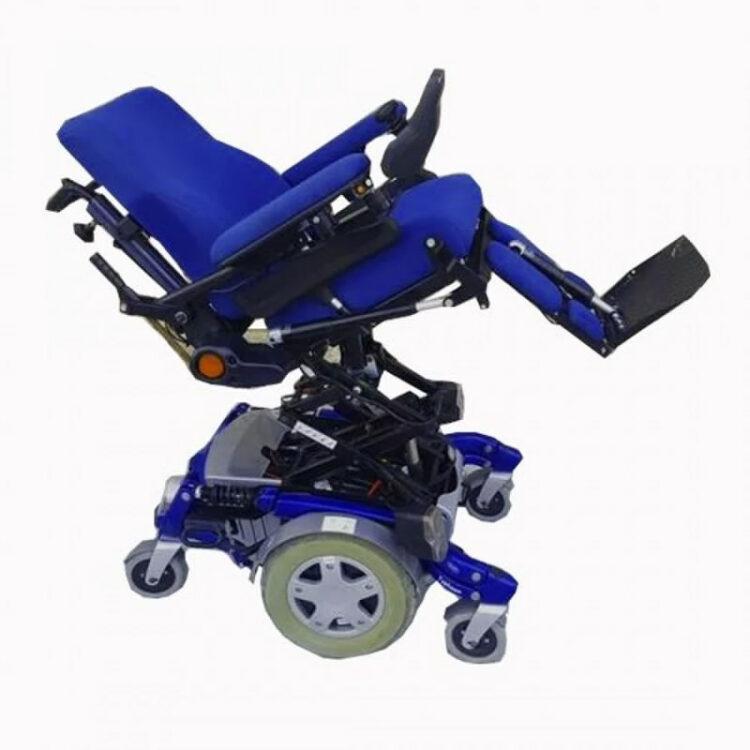 Akülü Tekerlekli Sandalye Invacare Typhoon