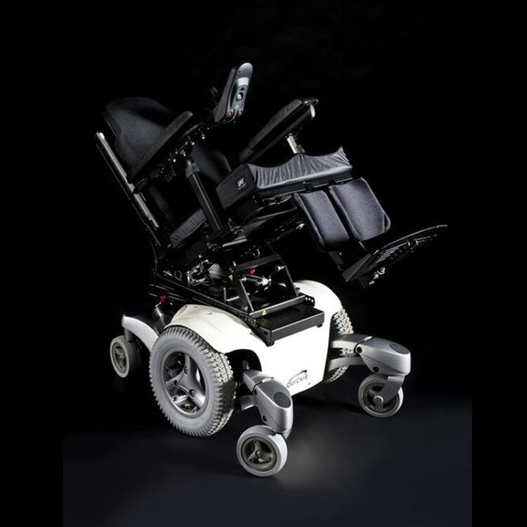 Akülü Tekerlekli Sandalye Quickie Jive M
